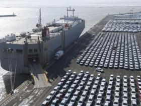 由于企业和议员普遍反对 特朗普推迟进口汽车关税