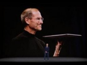苹果前创意总监:乔布斯2004年就曾尝试推出信用卡