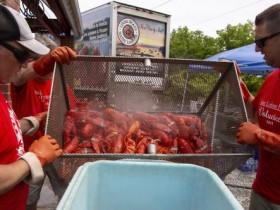 对华出口暴跌 美缅因州龙虾业者感到忧虑