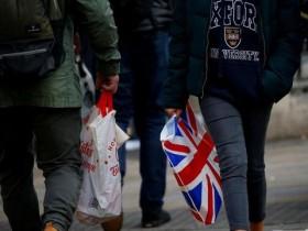英国8月零售销售零增长 消费者囤积食品备脱欧